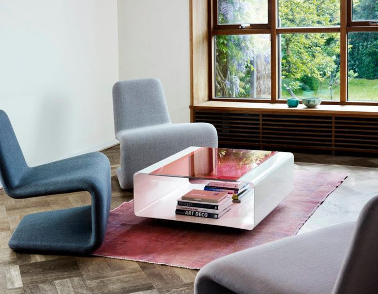 Urban Lounge chair and Hover table - Anne Linde