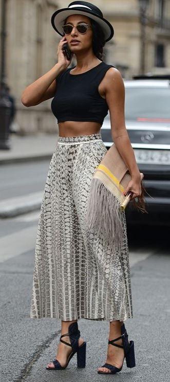 fashion trends / hat + printed wide pants + clutch + crop top + heels