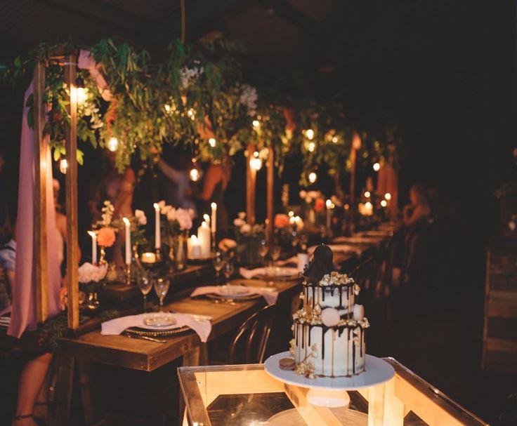 A dreamy canopy of florals + festoons... What a setting!!!  .::BorrowMyBits::.