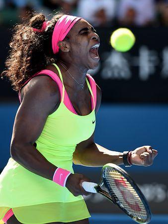 女子シングルス準決勝で、歓喜を表すS・ウィリアムズ=29日、オーストラリア・メルボルン(EPA=時事) ▼29Jan2015時事通信 S・ウィリアムズ、全米に続く栄冠へ闘志=全豪テニス http://www.jiji.com/jc/zc?k=201501/2015012900867