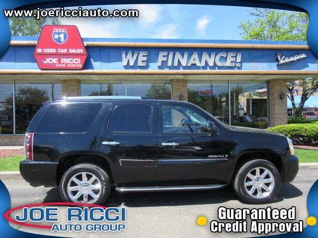 2007 GMC YUKON DENALI   Detroit, MI | Used Cars Loan By Phone: 313-214-2761