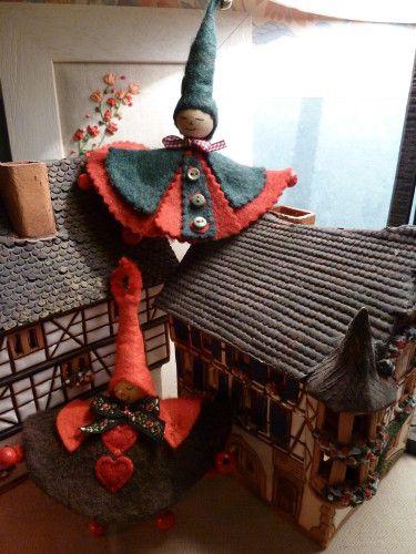 lutin 628 - tuto sur le blog de http://lespassionsdepetitealine.over-blog.fr/ Merci pour ce lutin de Noël J'essaierai ...