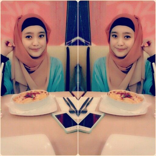 Hijab edition lunchie at pizza hut indonesia