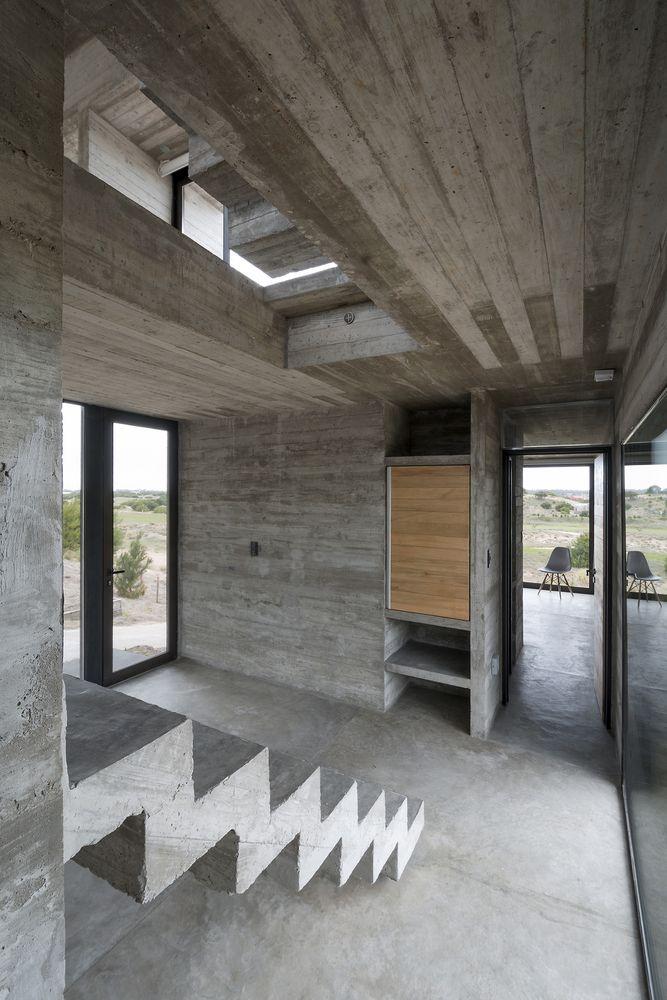 Gallery of Golf House / Luciano Kruk Arquitectos - 12