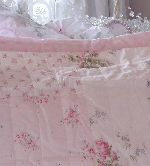 Shabby romantic white chic cottage petticoat ruffle quilt