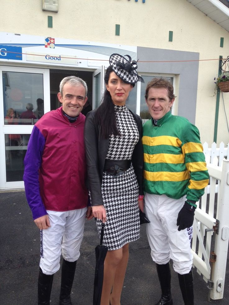 Ruby Walsh, Cathy Brogan and AP McCoy Ladbrokes Munster National at Limerick Racecourse. http://stylejump.com/2013/10/14/the-ladies-of-limerick-shine-at-the-munster-national/ — at Limerick Racecourse.