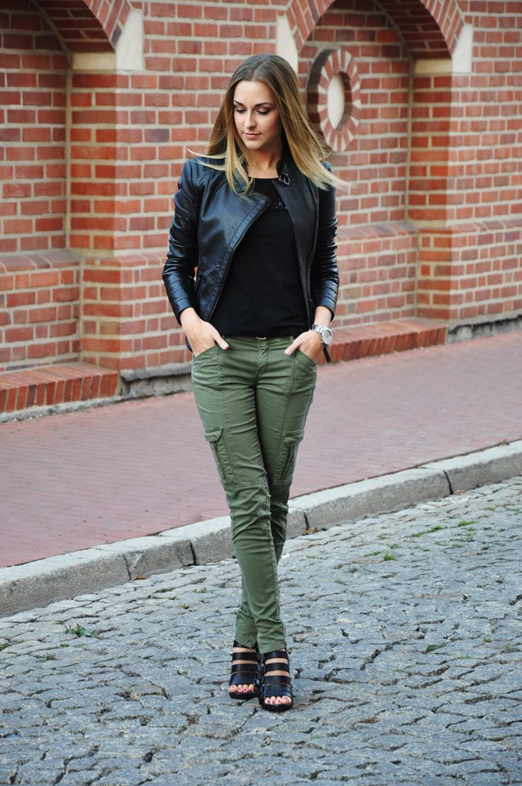 17 beste ideer om Green Pants Fashion på Pinterest | Stil mote
