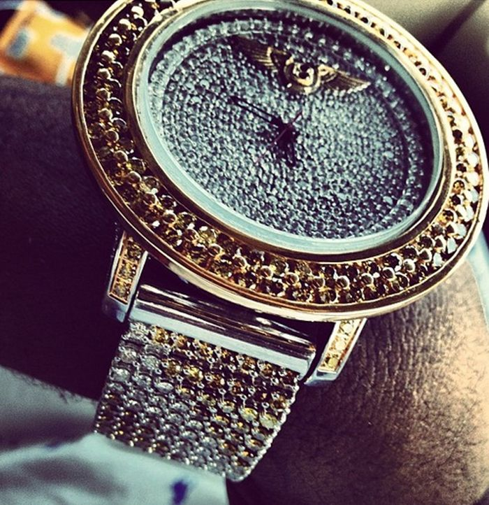 Chief Keef Bentley | Chief Keef's prized possessions, Breitling Bentley watch, money and ...