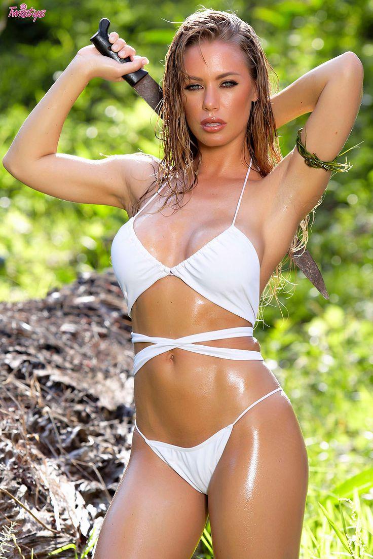 Nicole aniston bikini amarillo
