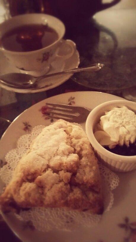 Lily Tea cream and scones, NY