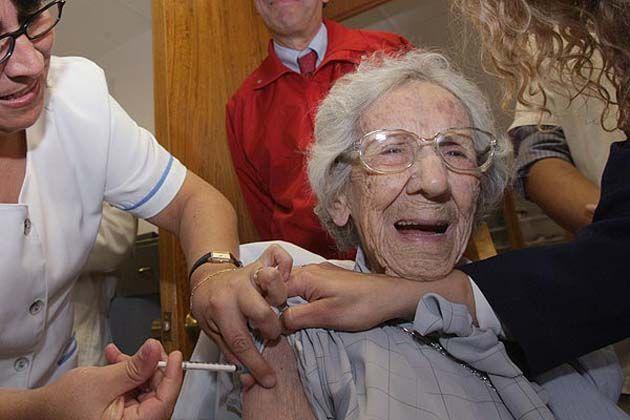 Estudio: La vacuna contra la gripe está matando a personas mayores