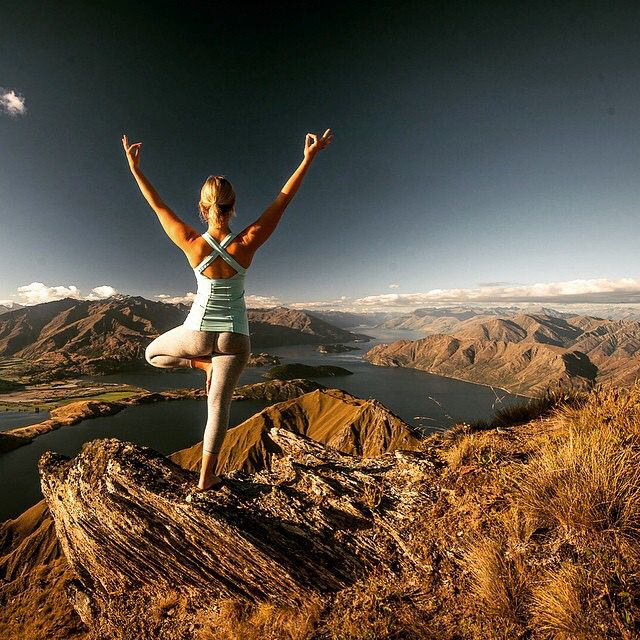 More asana from lofty heights as we stand on the peaks of Lake Wanaka in breathtakingly beautiful New Zealand with @koervers, a #Queenstown based yogi and super talented photographer. #getustherenow  #yoganomad #yogatravel #yoga #wanderlust #newzealand