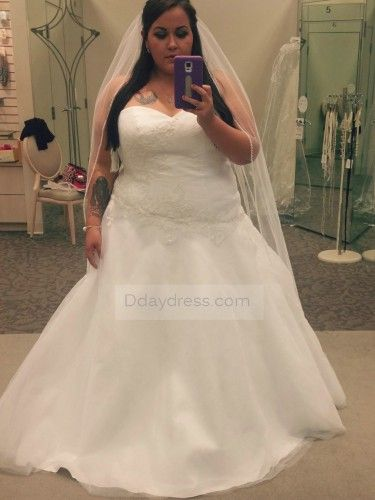 Best 25+ Fat bride ideas on Pinterest | Curvy bride, Plus size ...