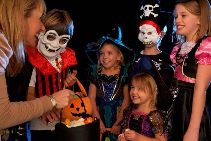 Car Insurance Casts a Protection Spell on Halloween Beggar's Night can bring out the best and worst in holiday revelers. There are the adorable little trick-or-treaters politely asking for candy at your door and then there are the pranksters who delight in smashing pumpkins, egging houses, and throwing ...