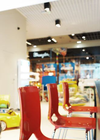 Toy store design with café in Bytom POLAND - archi group. Sklep z zabawkami z kawiarnią w Bytomiu.