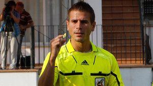 Suspenden un partido de la Tercera balear por insultos al árbitro http://www.sport.es/es/noticias/futbol/suspenden-partido-tercera-insultos-5945100?utm_source=rss-noticias&utm_medium=feed&utm_campaign=futbol