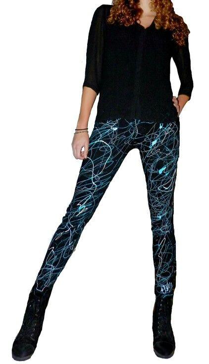 Skinny jeans A.Y.D.  Elk item is uniek en  hand beschilderd www.judyvanmeteren.nl
