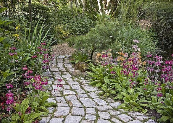 17 meilleures images a propos de jardin en longueur for Faire une allee de jardin avec des dalles 17 poser dallage conseils jointure solution efflorescence