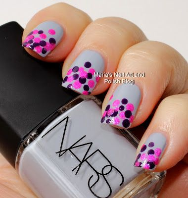 Polka dots - Artsy Wednesday - Marias Nail Art and Polish Blog