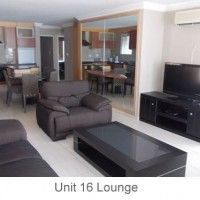 Amanche Holiday Flats in Amanzimtoti on the KZN South Coast, 3 bed holiday units just 2 minute walk to the beach. Communal braai area and secure parking.