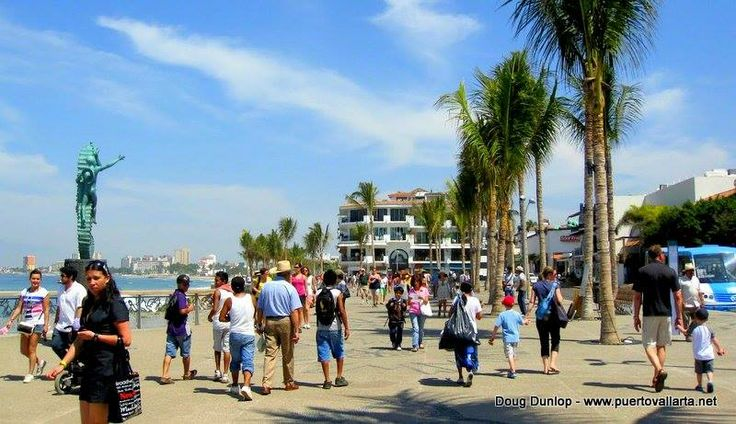 17 best images about puerto vallarta on pinterest for Piso 9 malecon center