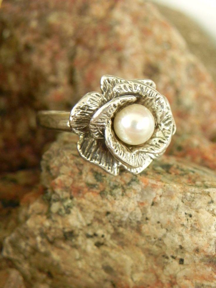 cute ring /// Sterling Fresh Water  Pearl Ring. $35.00, via Etsy.