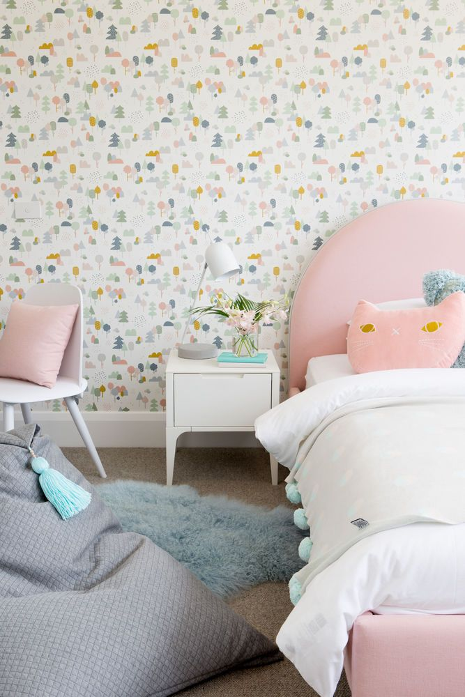 Little Liberty Style Series | Charlotte Girls bedroom
