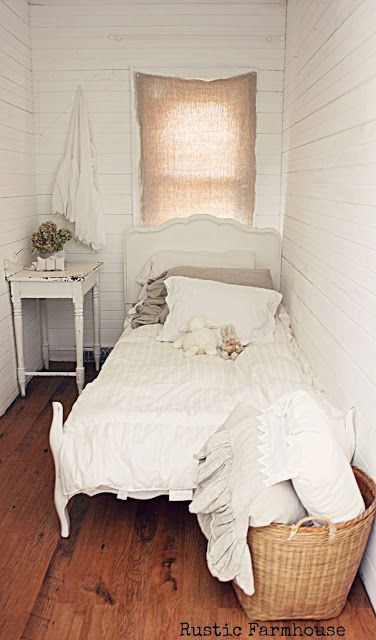 Tiny Bedroom Ideas best 25+ small bedrooms ideas on pinterest | decorating small
