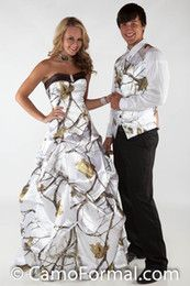 Crystal Snow Camo Wedding Dresses With Pick Up Skirt White Camouflage Bridal Dresses Realtree Wedding Gowns 2016 Vestidos De Novia