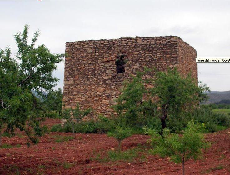 Torre del Moro, Comarca de Cartagena. Torre vigía de aviso de invasiones procedentes de la costa oeste de Cartagena. Construidas en los siglos XVI-XVII y permanecieron en activo hasta el siglo XIX.