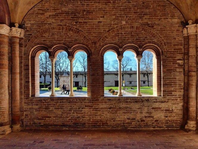 Chiaravalle di Fistra Abbey, Macerata. www.italianways.com/the-chiaravalle-di-fiastra-abbey-a-cistercian-gem/