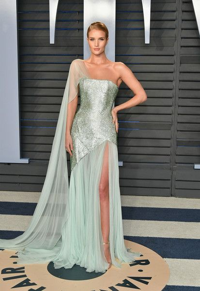 Rosie Huntington-Whiteley in Ralph & Russo Couture - The Best Dressed At The 2018 Oscars After Parties - Photos