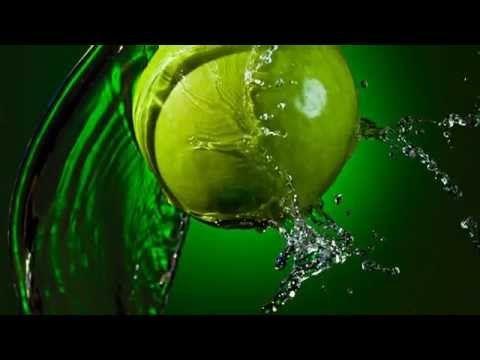 Simple water, part 2: liquid splash photography by Atlanta photographer Alex Koloskov - YouTube