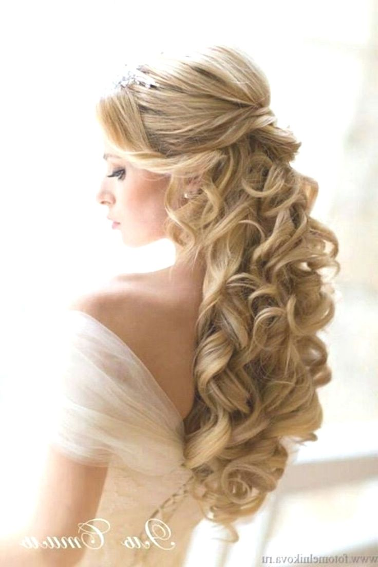 17 Bewitching Formal Hairstyles Sideswept Bridesmaid Hair