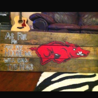 This is a painting I made from a pallet! I have now sold 3!!Pallets, Painting, Sold