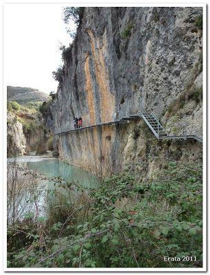 Excursiones para peques: Alquezar - Río Vero por las pasarelas - Aragón
