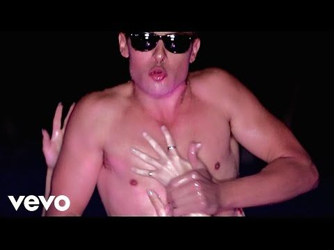 Sean van der Wilt - Wet (Official Music Video) - YouTube
