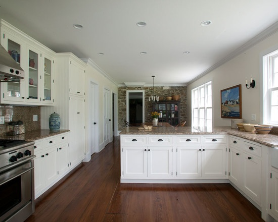 White Cabinets & Black Hardware And Hinges
