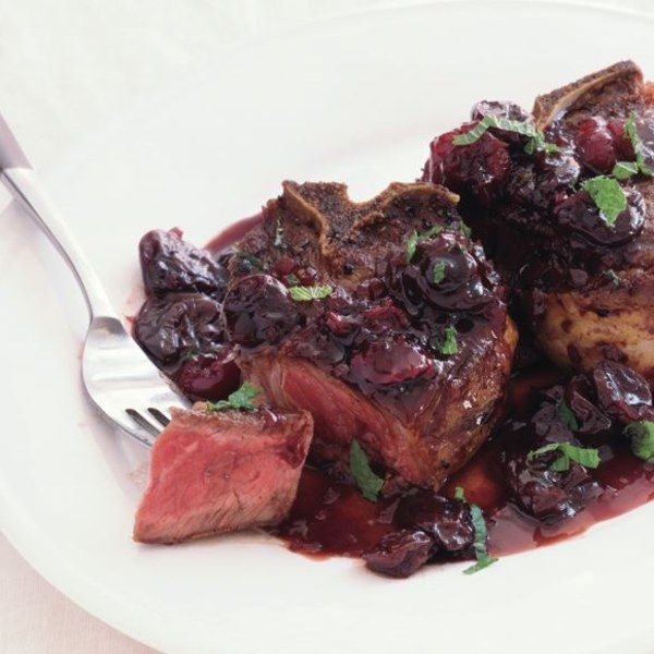 Lamb Chops with Dried Cherries and Port - @.@ whoaaa...