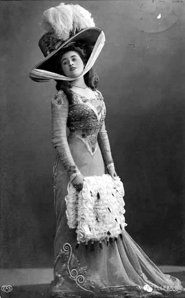 vintage everyday: Giant Hats: The Favorite Fashion Style of Women From the early Years of the 20th Century
