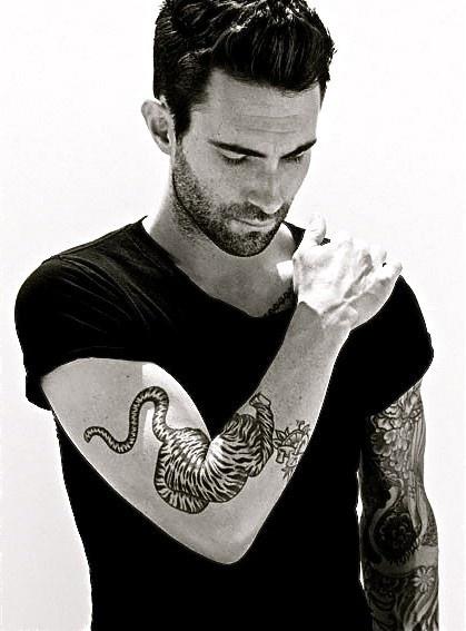 Adam Levine: Eye Candy, Adam Levine, Boys, Maroon5, This Men, Maroon 5, Things, Beautiful People, Tattoo