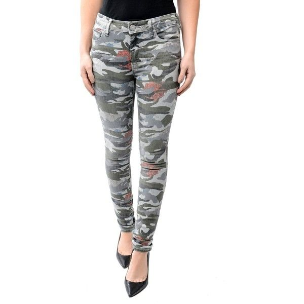 True Religion Halle Floral Camo Jean Camouflage ($110) ❤ liked on Polyvore featuring jeans, skinny jeans, white skinny jeans, white skinny leg jeans, zipper skinny jeans and skinny fit jeans