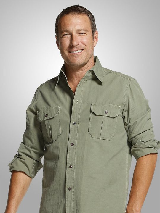 John Corbett as Max in United States of Tara, and as Aiden in Sex and the City - he is just to die for!