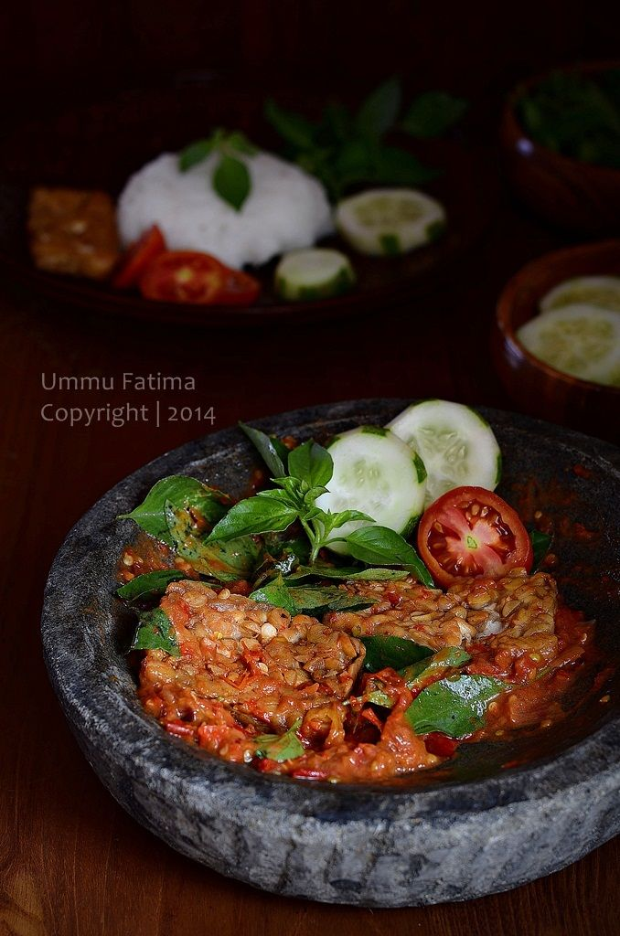 Simply Cooking and Baking...: Tempe Penyet