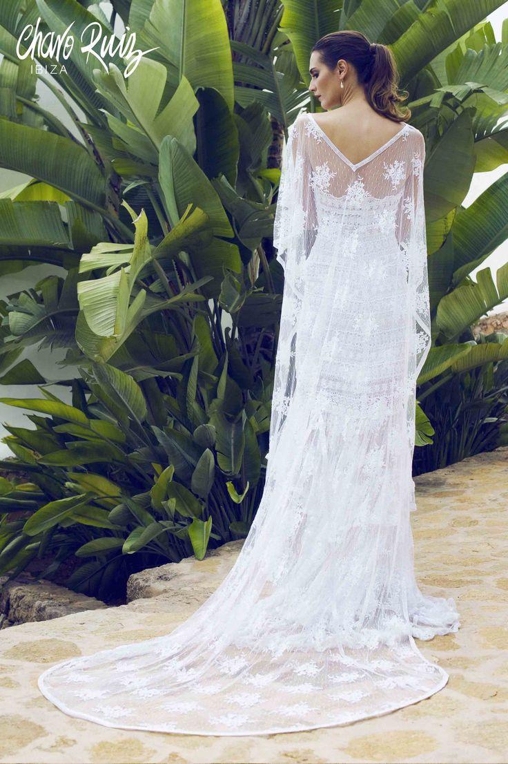 Brilla llena de elegancia y sensualidad en tu gran día con la colección Bride light de Novias by Charo Ruiz Ref. 00335 VESTIDO CHARISSE Ref. 226306 CAPA BRILLOS www.charoruiz.com