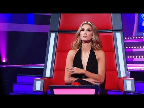 """Last night we finally got to watch Rachael Leahcar's blind audition on The Voice. In case you missed the promos or performance, Rachael has a degenerative disorder that has left her 90 percent blind. The 18-year-old needed help getting onto the stage, but once she was left to sing Edith Piaf's """"La Vie En Rose"""" it was just her voice that mesmerised the coaches and made all four turn around for her."""