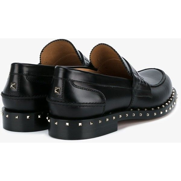 Valentino Valentino Garavani Black Leather Rockstud Penny Loafers (£780) ❤ liked on Polyvore featuring men's fashion, men's shoes, men's loafers, mens woven leather slip-on shoes, mens penny loafer shoes, mens slip on shoes, mens leather slip on shoes and valentino mens shoes