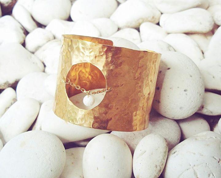 """""""Μύρτος"""" bracelet. Εμπνευσμένο απο την αγαπημένη παραλία της Κεφαλλονιάς με τα μαγευτικά νερά & την μοναδική λευκή άμμο !! https://www.facebook.com/arto.of.p/"""