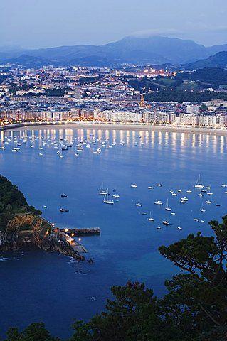 <3...San Sebastian Bay at night, Basque Country, Euskadi - Spain.