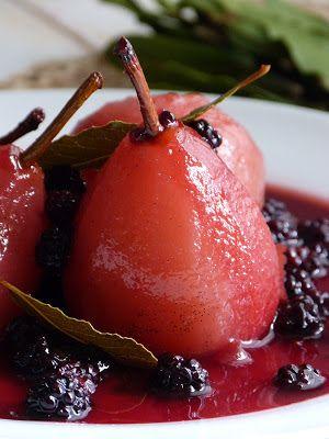 Chic, chic, chocolat...: Parfaites poires pochées, sauce aux mûres de Jamie Oliver